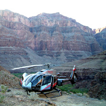 Helicopter-at-Grand-Canyon.jpg